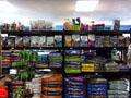 """宠物用品从超市角落站到""""前台"""""""